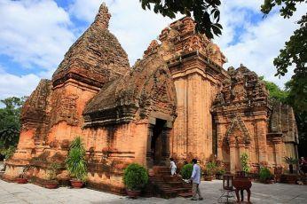 Thap-Ba-Ponagar-Nha-Trang