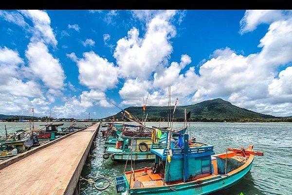 Từ Hà Tiên đi Phú Quốc bao nhiêu km?